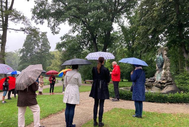 Moerser Gesellschaft - Literarischer Spaziergang durch den Moerser Schlosspark